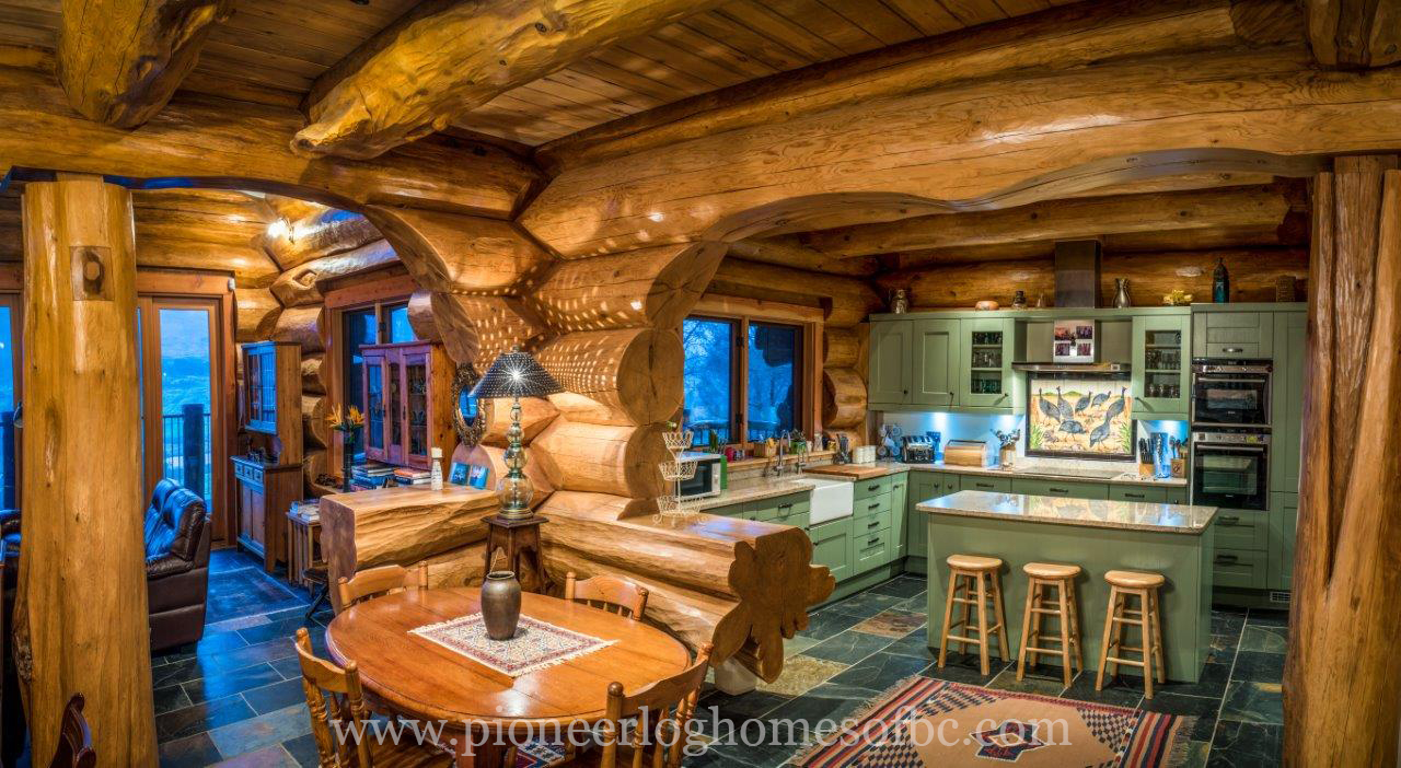 Pioneer log homes midwest finest log homes in the world kitchen dining 498 publicscrutiny Image collections