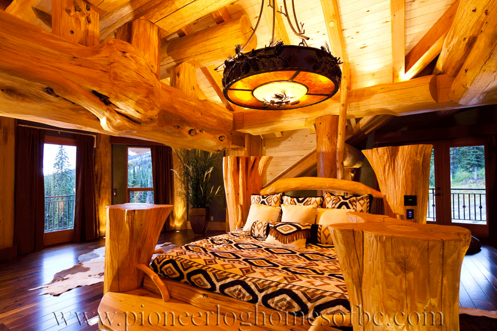 Pioneer-Log-Homes-Midwest-Bedrooms-1