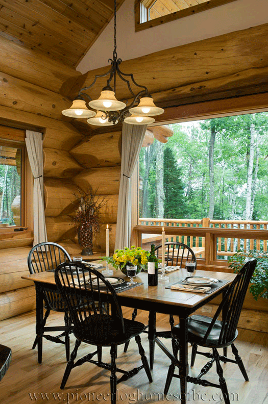 Pioneer-Log-Homes-Midwest-Kitchen-and-dining-33