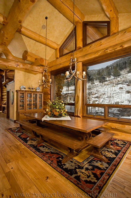 Pioneer-Log-Homes-Midwest-Kitchen-and-dining-34