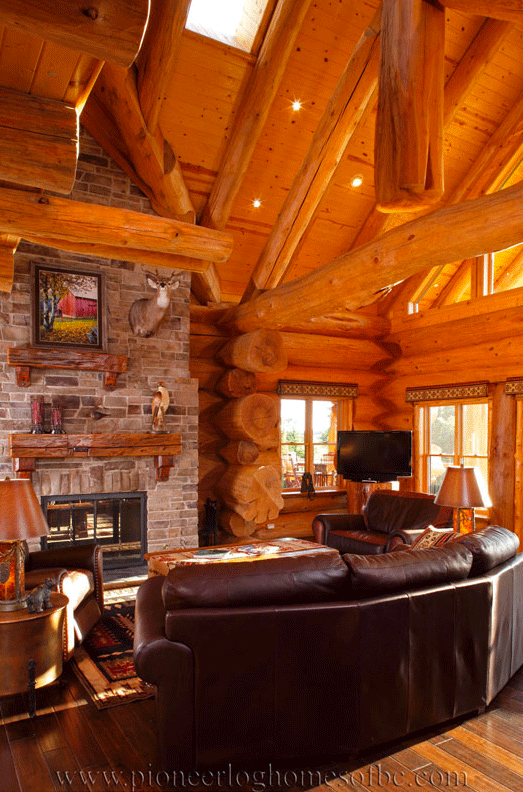 Pioneer-Log-Homes-Midwest-Living-Rooms-and-lofts-12