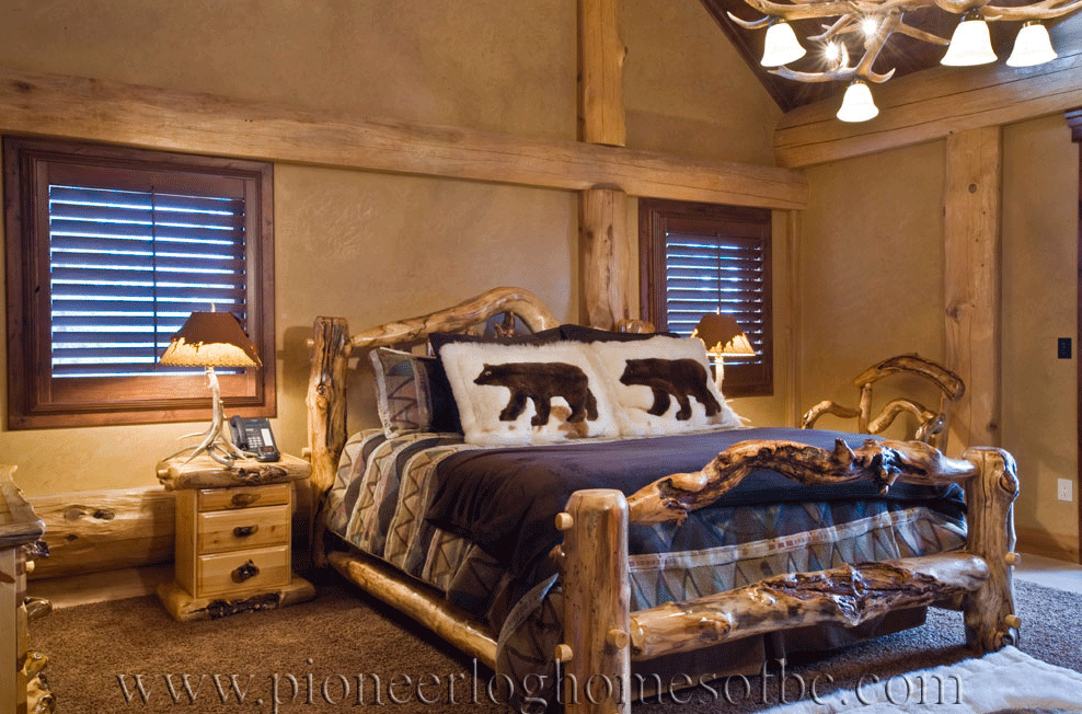 Pioneer-Log-Homes-Midwest-bedrooms-10