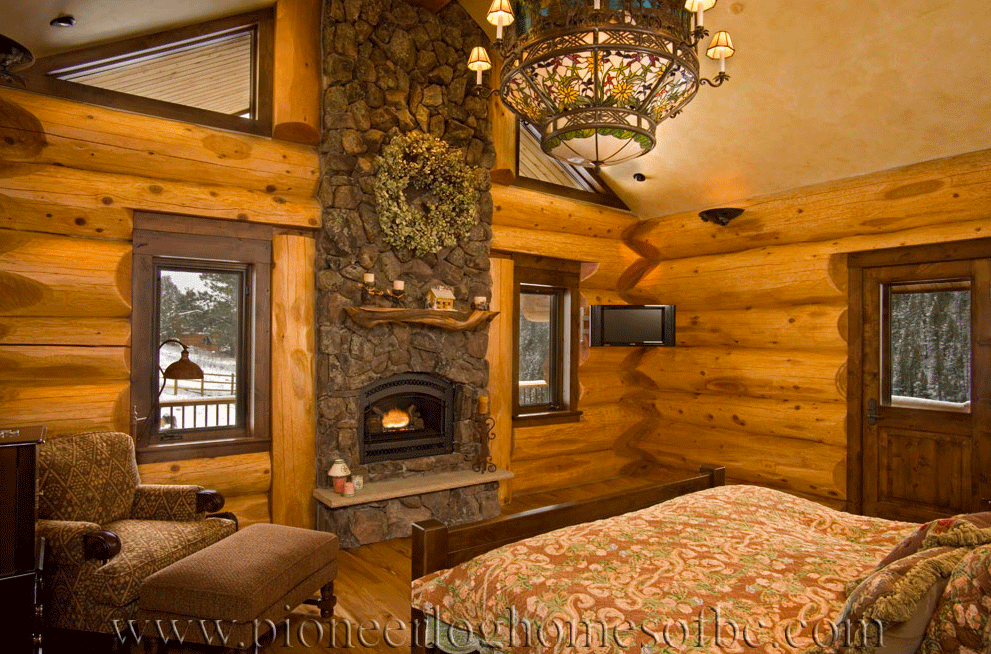 Pioneer-Log-Homes-Midwest-bedrooms-3