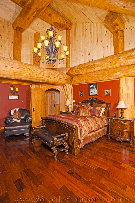 Pioneer-Log-Homes-Midwest-bedrooms-4