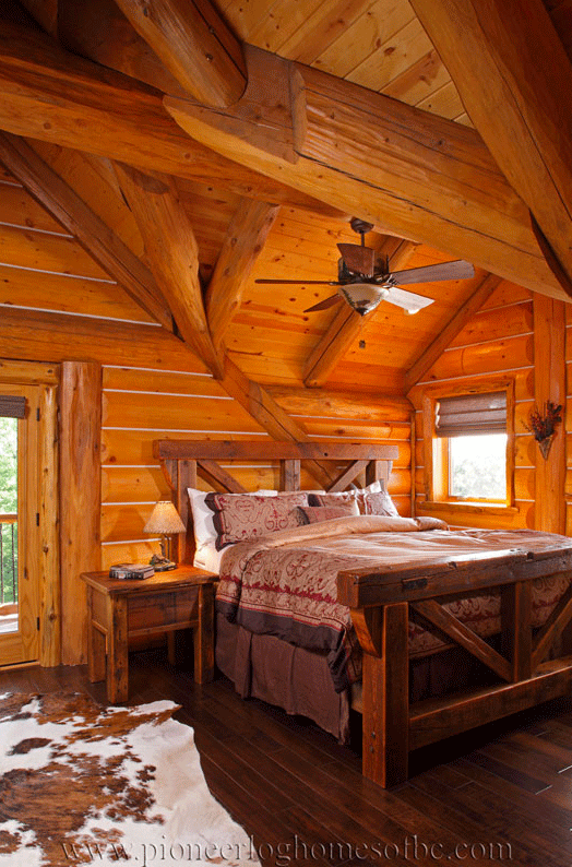 Pioneer-Log-Homes-Midwest-bedrooms-5