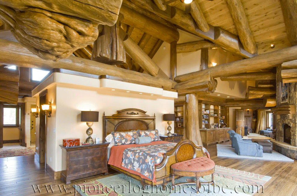 Pioneer-Log-Homes-Midwest-bedrooms-6