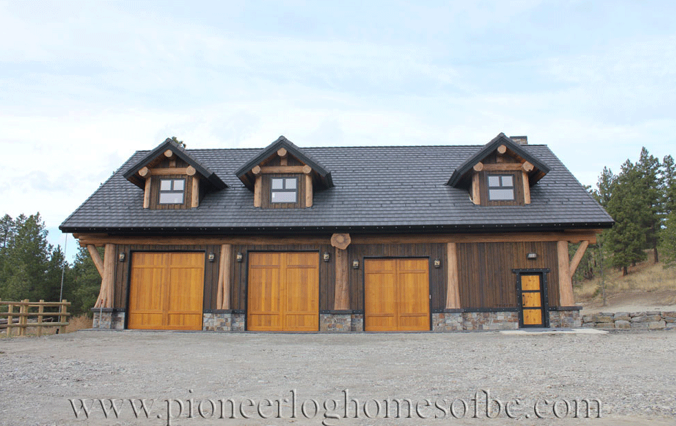 Gallery garages and barns pioneer log homes midwest for Midwest home builders