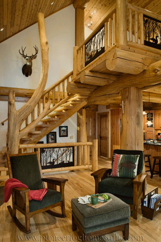 Pioneer-Log-Homes-Midwest-entrances-and-stairs-19
