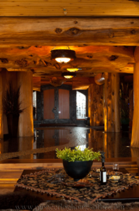 Pioneer-Log-Homes-Midwest-entrances-and-stairs-7