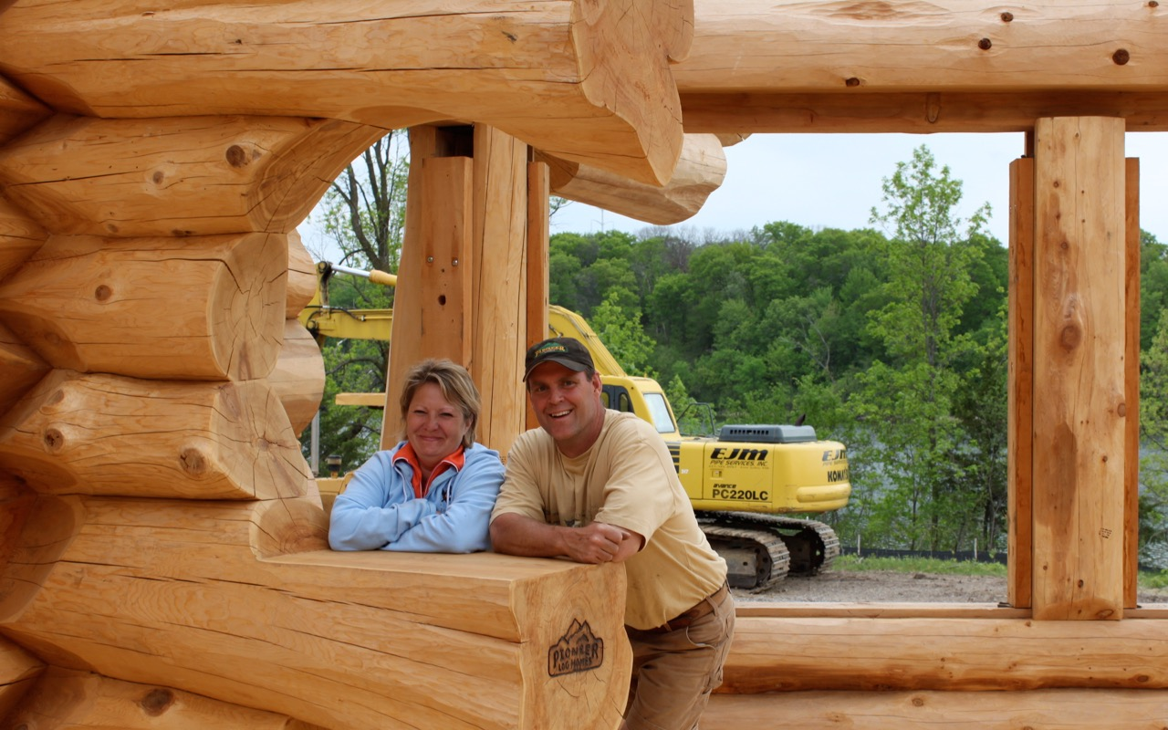 About us pioneer log homes midwest for Midwest home builders